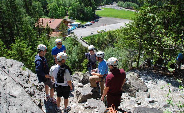 Klettergurt Abseilen : Klettern & abseilen grindelwald wengen mürren lauterbrunnen